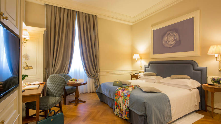 Kamer Hotel Corona d'Oro