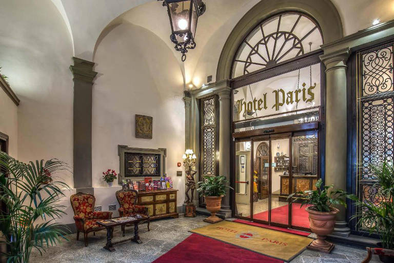 Florence Badkamer Plafond : Sterren hotel paris in florence de jong intra vakanties