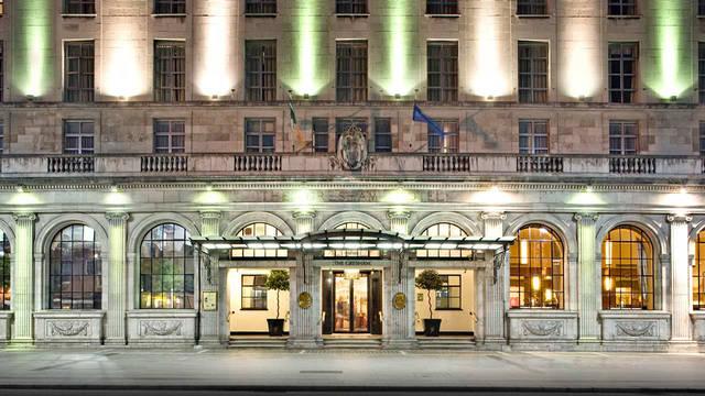 Voorzijde The Gresham hotel