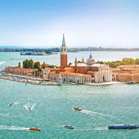 Venetië ca. 8 km afstand