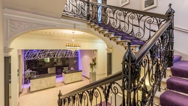 Lobby Hotel Thistle Holborn