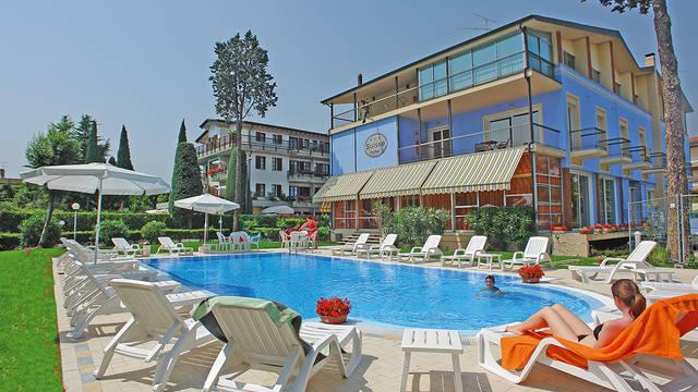 Exterieur 2 Hotel Suisse