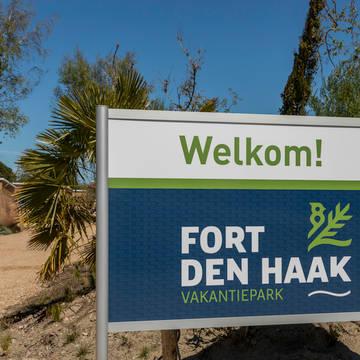 Entree Vakantiepark Fort den Haak