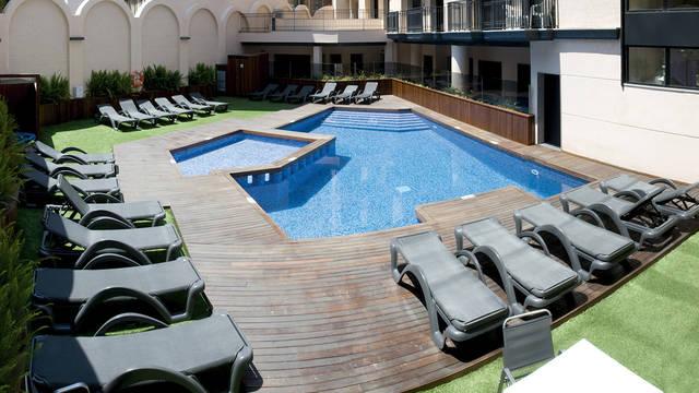 Zwembadgedeelte Appartementen Trimar