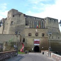 Castel dell'Ovo op ca. 20 minuten wandelen