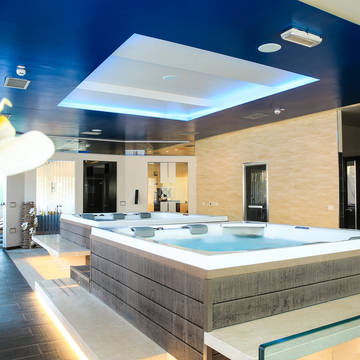 Jacuzzi's in het wellnescenter Hotel Corte Rosada - adults only