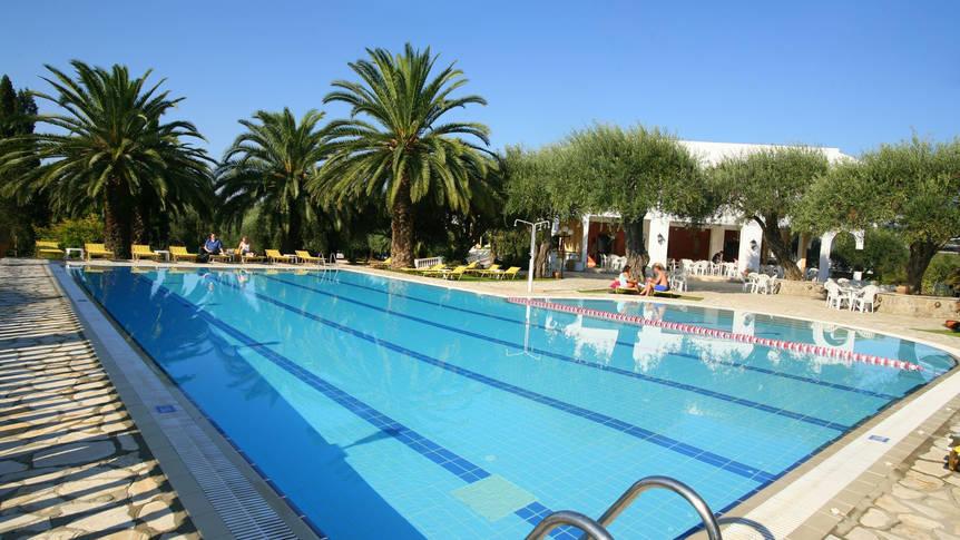 Paradise Hotel Corfu - Zwembad Paradise Hotel Corfu