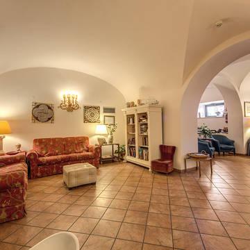 Lounge Hotel Corona