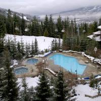 zwembad met hot tub