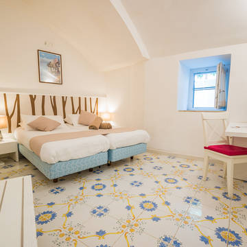 Voorbeeldkamer in de wijntuin Appartementen Le Axidie