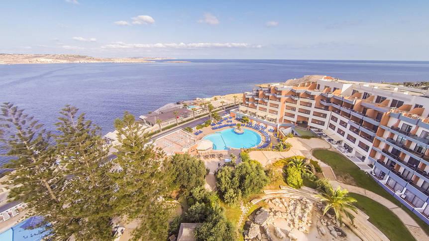 Bovenaanzicht Dolmen Hotel Malta