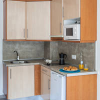 Voorbeeld keuken en eetgedeelte