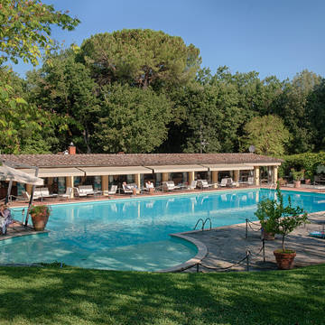 Zwembad Hotel Borgo San Luigi
