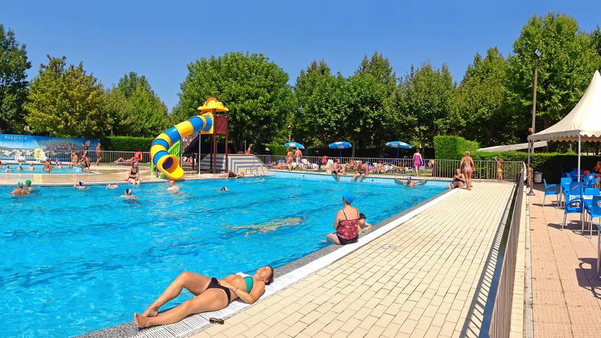 Zwembad Residence Alice