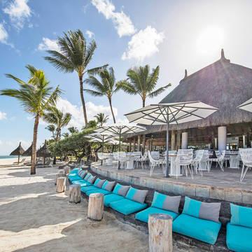 La_Pirogue_Restaurants_Le_Morne_Beach_Bar_6.JPG La Pirogue