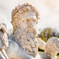 Standbeeld van de Griekse oppergod Zeus