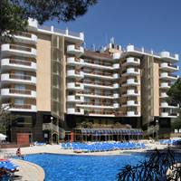 Fachada piscina-Building & swimming pool