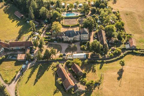 Last minute camping vakantie Bourgogne 🏕️Camping Chateau de Montrouant