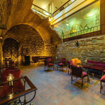 Bar in de kelder Hotel Grand Yavuz