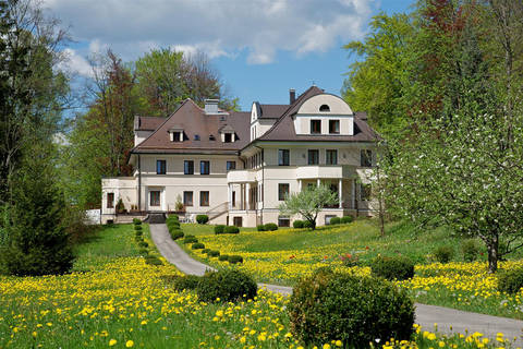 Last minute vakantie Beieren 🚗️Hotel Villa Toscana