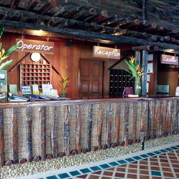 Front Banpu Koh Chang Resort