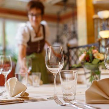 Restaurant sfeer Landhotel Hirschen