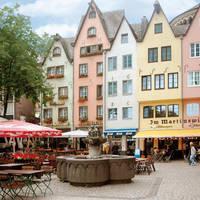 Altstadt Keulen Fischbrunnen