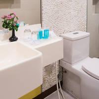 Voorbeeld Deluxe Kamer - badkamer