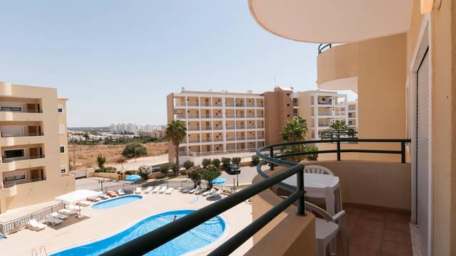 Appartement zwembadzicht Plaza Real Aparthotel