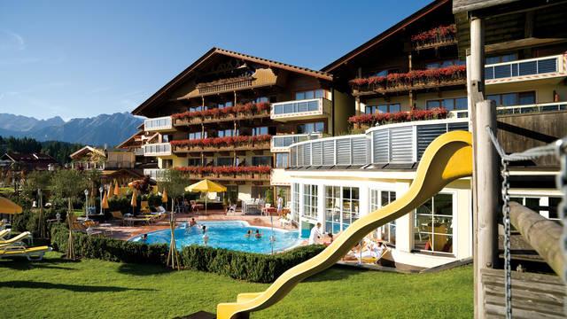 Buitenaanzicht Alpenpark Resort