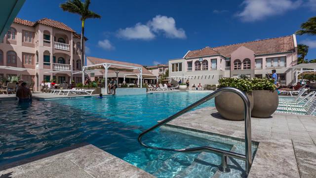 Zwembad Caribbean Palm Village Resort