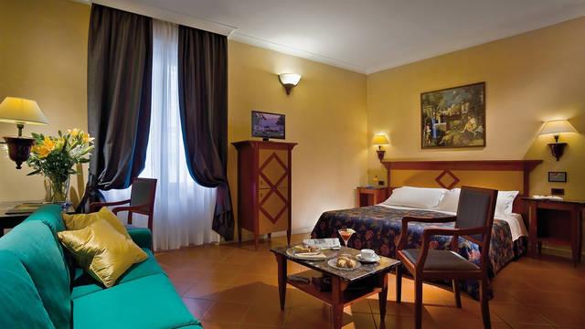 Kamer Hotel Corona D'Italia