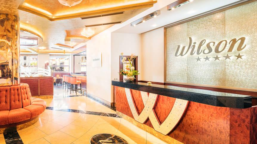 Receptie Hotel Occidental Praha Wilson