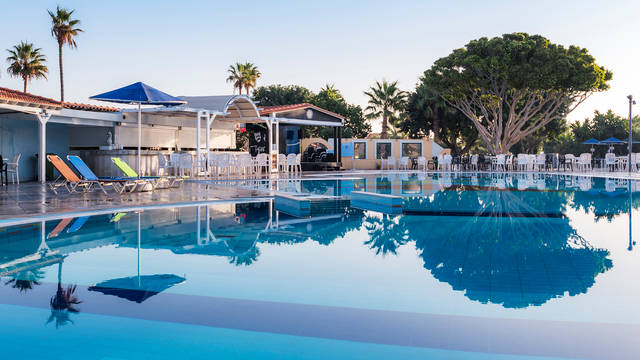 Atlantis - Zwembad Atlantis Hotel