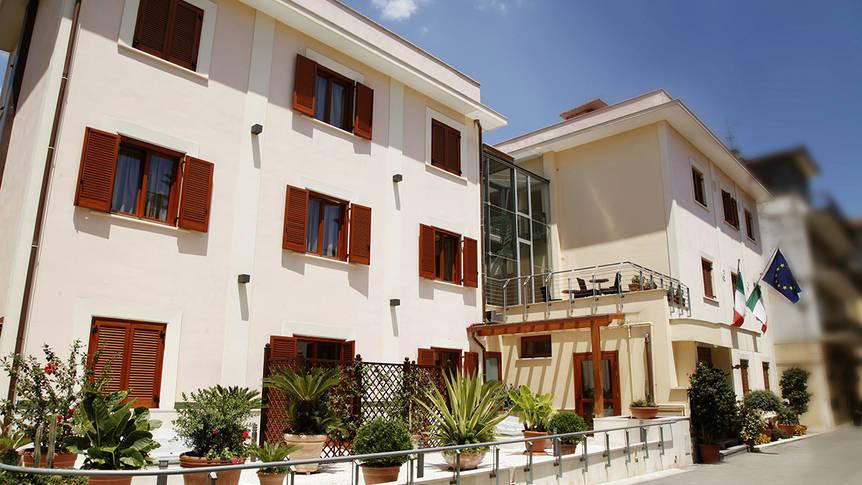 Exterieur Hotel Diana
