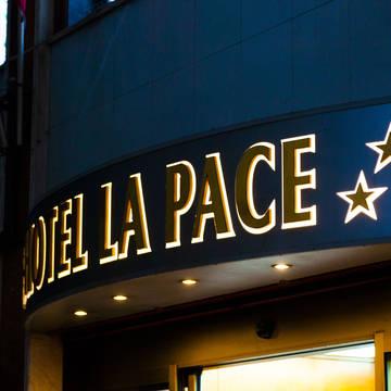 Entree Hotel La Pace