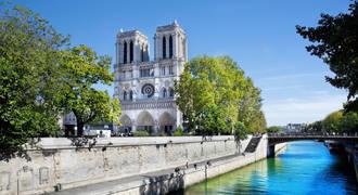 Notre Dame, op ca. 8 minuten loopafstand van het hotel!