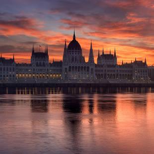 Budapest sunset_46779886