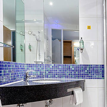 Badkamer Hotel Holiday Inn Express Edinburgh Royal Mile