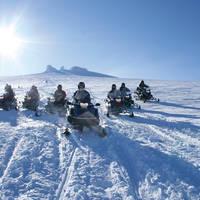 Sneeuwscooter safari