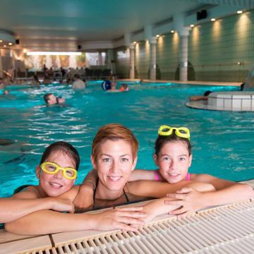 In het zwembad Appartementen Vayamundo Oostende