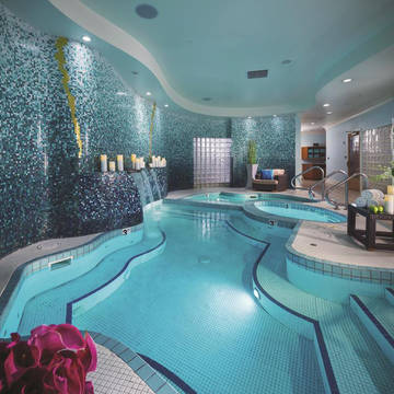 Wellness Luxor Hotel and Casino