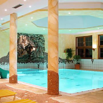 Binnenzwembad Aktivhotel Waldhof