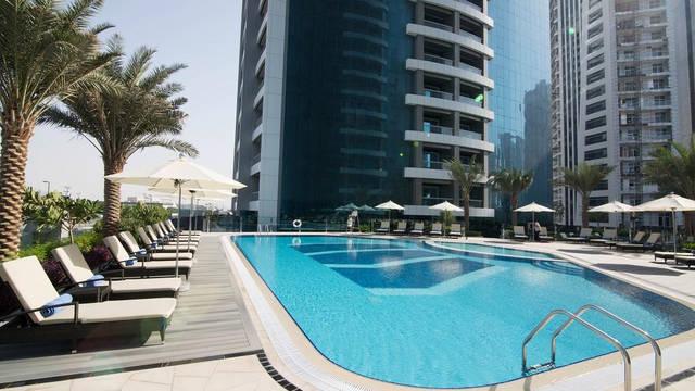 Zwembad Hotel Atana