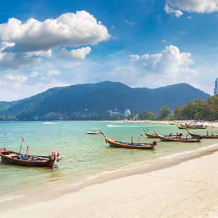 Patong Beach, Phuket, Thailand - de Jong Intra Vakanties