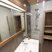 Voorbeeld appartement badkamer