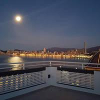 Uitzicht terras 's avonds