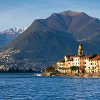 Brusino Arsizio met Monte Bre op achtergrond