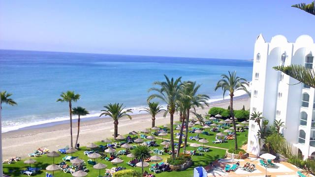 Ona Marinas ligging Marinas de Nerja Beach & Spa Aparthotel