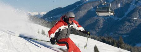 Vakantie Skicircus Saalbach Hinterglemm Oostenrijk - Skiër bij skilift
